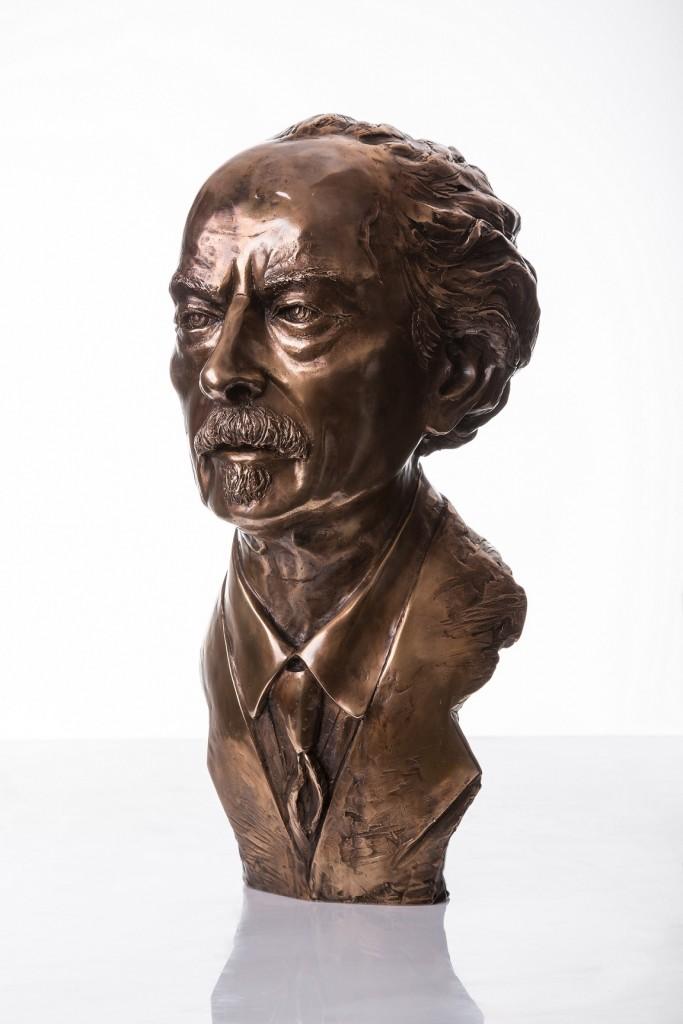 Ignacy Jan Paderewski autor rzeźby Tomasz Jędrzejewski