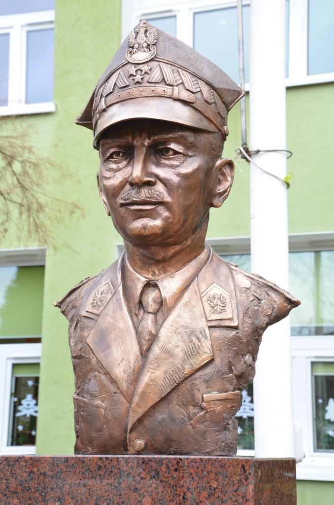 Generał Władysław Sikorski autor Tomasz Jędrzejewski4