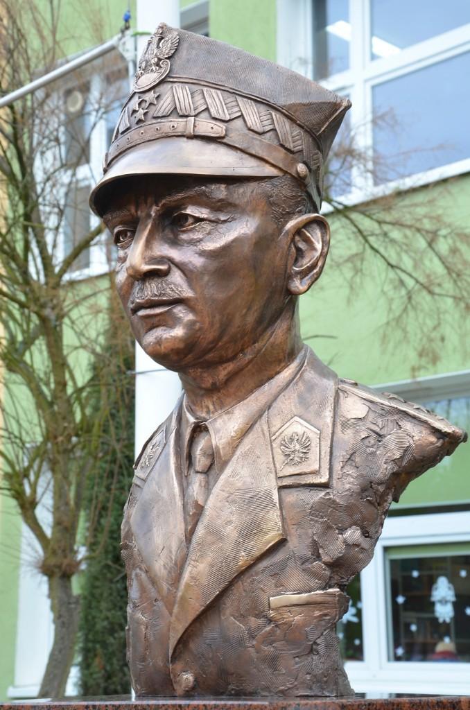 Generał Władysław Sikorski autor Tomasz Jędrzejewski5