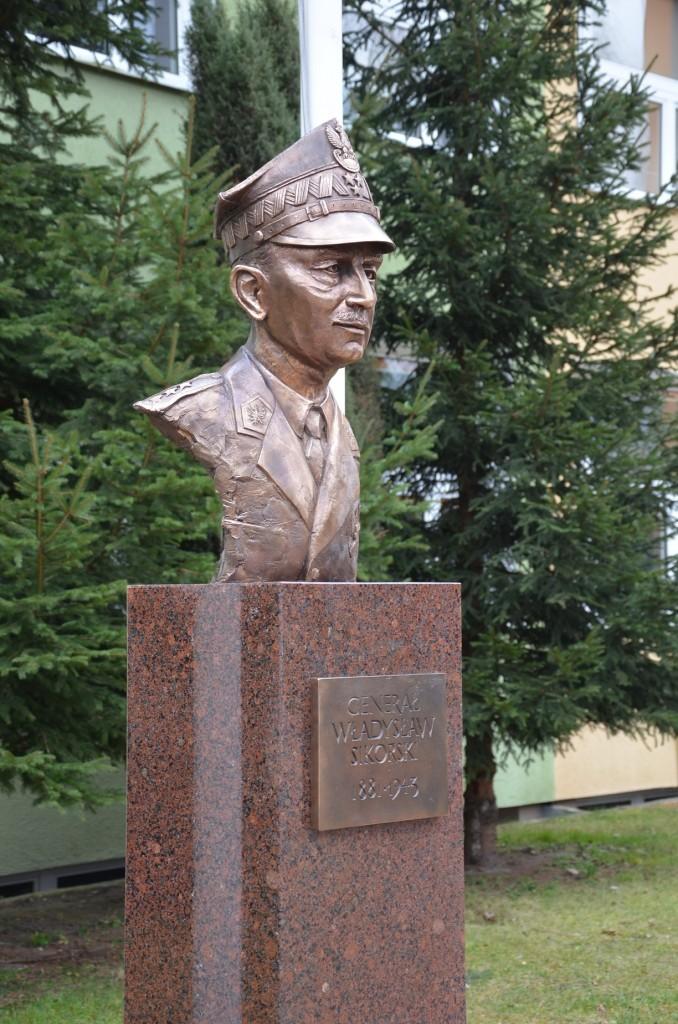 Generał Władysław Sikorski autor Tomasz Jędrzejewski6