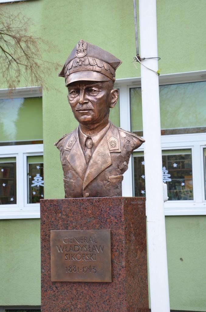 Generał Władysław Sikorski autor Tomasz Jędrzejewski7